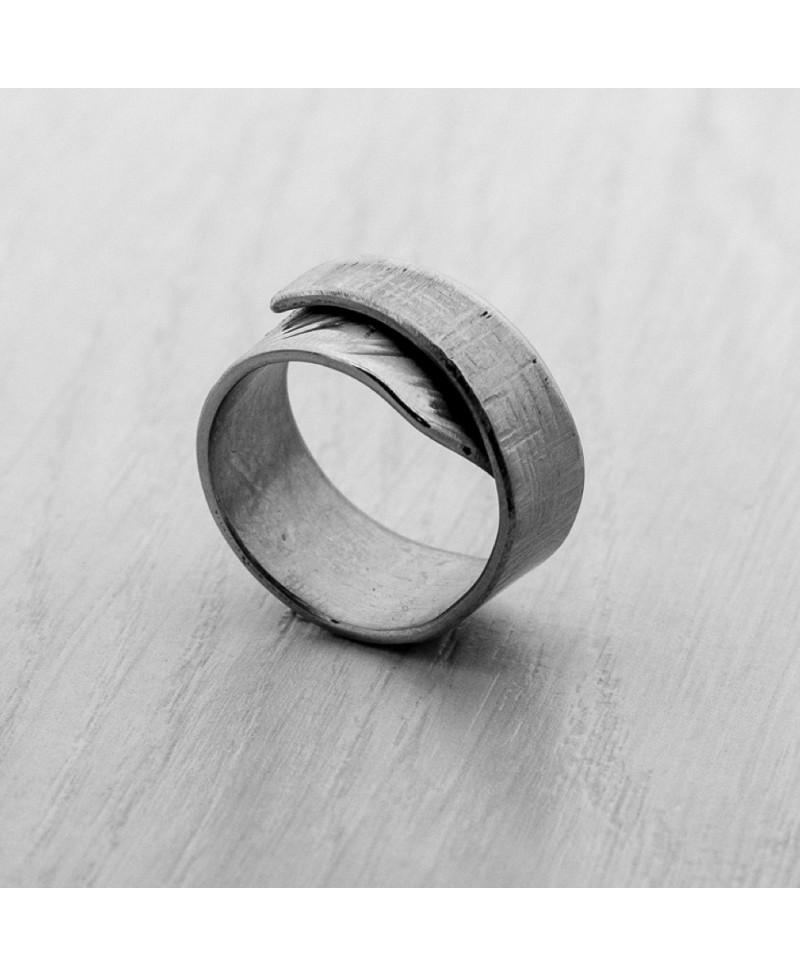Rollover Ring 800x977